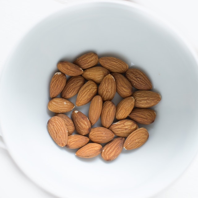 Almonds for Cough cure
